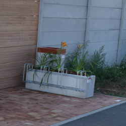 Květináč SANDRA