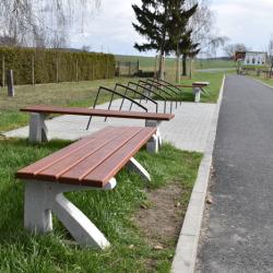 Betonová lavička typ C