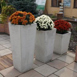 Betonový květináč SÁRA